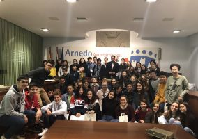 Ampliar información de El Alcalde recibe a 23 alumnos del Instituto Jean Moulin de la ciudad de Artix, Francia, de intercambio con alumnos del Sagrado Corazón de Jesús