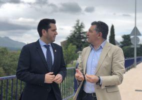Ampliar información de El Alcalde y el consejero de Fomento visitan las aceras en el entorno del colegio Sagrado Corazón