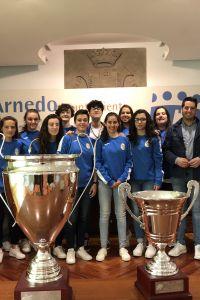 Ampliar información de Recibimiento al equipo de fútbol sala femenino Senior del CD Camino de Cienta.