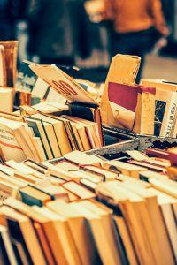 Ampliar información de Rastrillo de libros usados.
