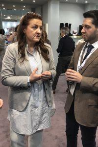 Ampliar información de El Alcalde visita la feria de calzado en Milán junto a la Presidenta del Gobierno y el Consejero de Desarrollo Autonómico.