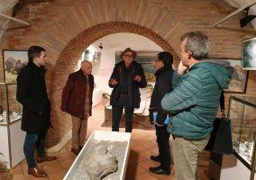 Ampliar información de Eudald Carbonell visita el Museo de Ciencias Naturales de Arnedo dentro de los trabajos previos a su traslado al Nuevo Cinema