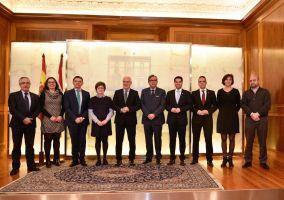 Ampliar información de El Alcalde participa en la firma de los convenios de Cabeceras de Comarca
