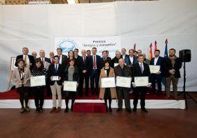 Ampliar información de El Alcalde recoge una distinción del Banco de Alimentos de La Rioja por la gran recogida del año 2018.