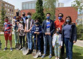 Ampliar información de Más de cien árboles apadrinados en Arnedo