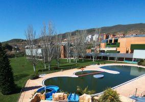 Ampliar información de Continúan creciendo los abonados de las piscinas de verano