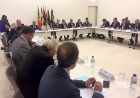 Ampliar información de El Alcalde participa en la cumbre hispano-lusa de municipios de la FEMP
