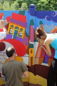 Ampliar información de Dibujamos y pintamos el mural