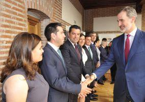 Ampliar información de El Alcalde participa en el acto de entrega de la Llave de Oro del Municipalismo a SM El Rey