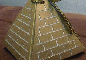 Ampliar información de El secreto de la pirámide