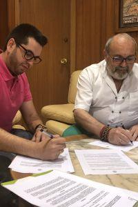 Ampliar información de Firma del convenio con la Asociación de Vecinos del Casco Antiguo