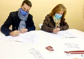Ampliar información de Arnedo, primer municipio riojano en firmar un convenio con la Federación de Asociaciones de Vecinos de La Rioja para luchar contra la violencia de género.