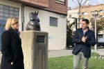 Ampliar información de Arnedo cuenta con una nueva escultura contra la violencia de género.