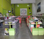 Ampliar información de Las Banderas Factory Brands